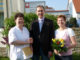 Spendenübergabe an die Sozialstation 2011