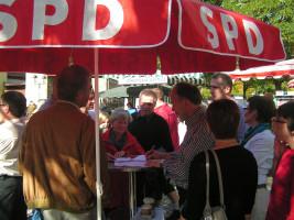 Unterschriftenaktion für die Wiedereinführung der Werntalbahn